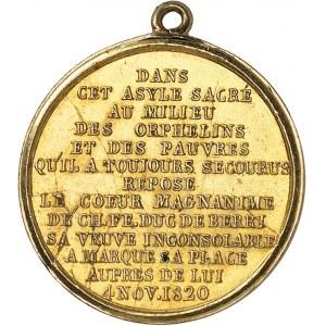 Henri V (1820-1883). Médaillette Or, transfert du cœur du duc de Berry dans la chapelle du domaine de Rosny le 4 novembre 1820 1820, Paris.