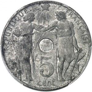 IIIe République (1870-1940). Essai hybride de 5 centimes / 10 centimes non perforé par Varenne 1912, Paris.