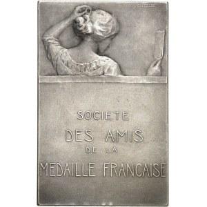 IIIe République (1870-1940). Médaille, la toilette par Ovide Yencesse, SAMF n° 10 1910, Paris.