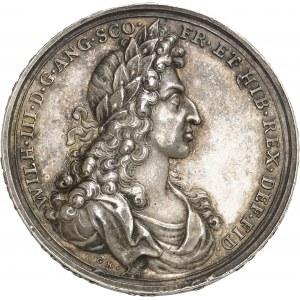Guillaume et Marie (1689-1694). Médaille, couronnement de Guillaume III d'Orange-Nassau et de Marie II, par Georg Hautsch 1689, Nuremberg.