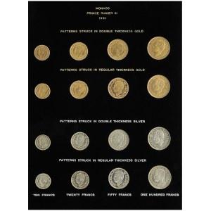 Rainier III (1949-2005). Présentoir avec 4 séries de 10, 20, 50 et 100 francs, essais-piéforts et essais, Or et Argent 1950, Paris.