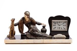 Zegar z figurą