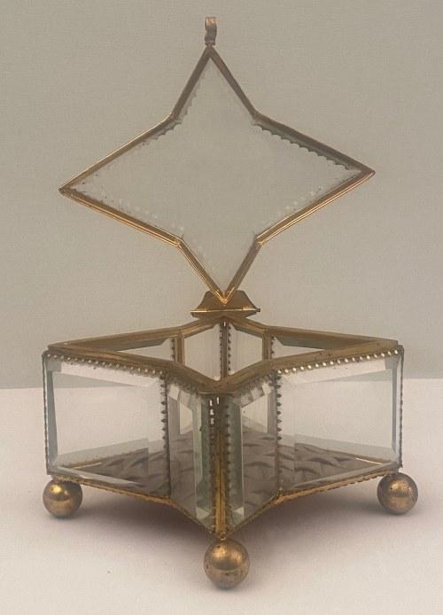 Szkatułka kryształowa na biżuterię