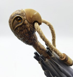 Sharro Parago, Parasol przeciwsłoneczny z uchwytem w kształcie głowy orła