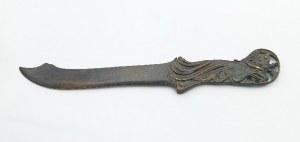 Nóż do papieru ze stylizowaną głową orła w koronie