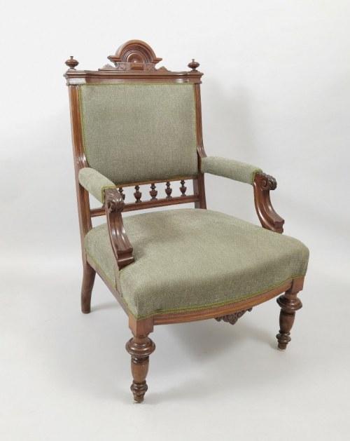 Fotel eklektyczny