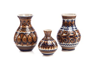 Zestaw 3 wazoników ceramicznych