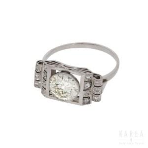 An Art Deco ring, 1920s-30s