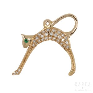 A brooch/pendant modelled as a cat