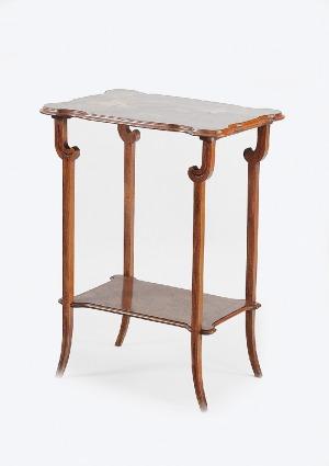 Manufaktura Émile'a Gallé, Stolik pomocniczy w stylu secesji francuskiej