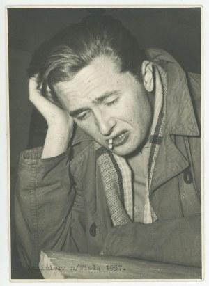 HŁASKO Marek - fotografia wykonana przez Agnieszkę Osiecką [Kazimierz nad Wisłą 1957]