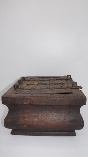 kaseta barokowa 18 w.