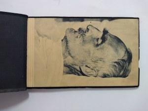 Album z 20 zdjęciami z pogrzebu Józefa Piłsudskiego.