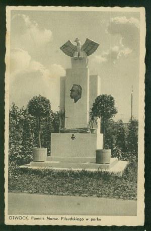 Otwock, Pomnik Marsz. Piłsudskiego w parku