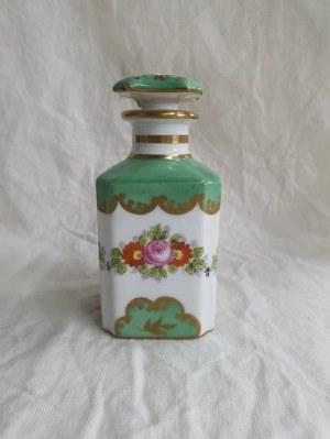 Flakon / Karafka z francuskiej porcelany, Sèvres (?)