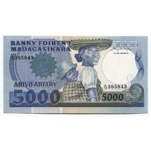Madagascar 5000 Francs 1983 - 1987 (ND)