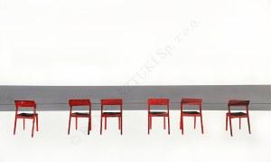 Milena Kliszko, Red chairs