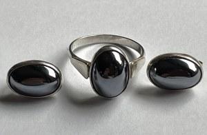 Komplet- para kolczyków i pierścionek