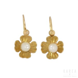 A pair of pearl set earrings with floral motifs, France, 20th century