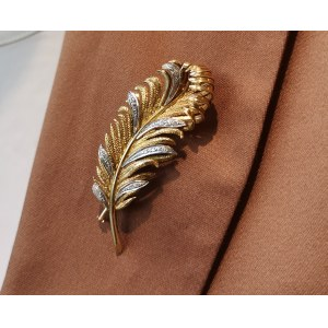 A brooch modelled as a feather, France, 20th century