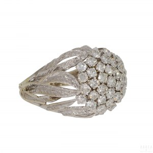 A ring modelled as a flower bundle, 20th century