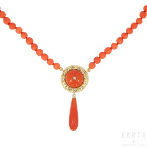A coral bead necklace, 20th century