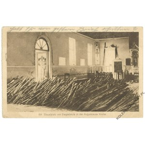 [AUGUSTÓW] Stapelplatz von Siegesbeute in der Augustowoer Kirche