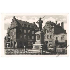 [PRABUTY] Riesenburg Wpr. Wrangel-Platz mit Denkmal und Sparkasse