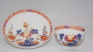 filiżanka ze spodkiem w dekoracji chinoiserie Miśnia XVIII w.