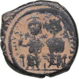 Byzantine - Constantinople Æ 40 Nummi - Justin II (565-578 BC)