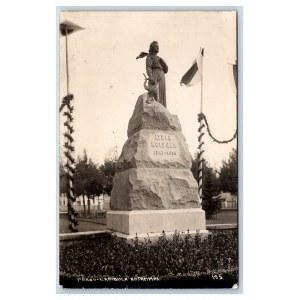 Postcard Estonia Pärnu L. Koidula monument