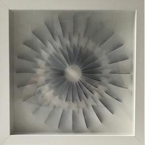 Eliza Kopeć, Circle Little Delft, 2013, papier