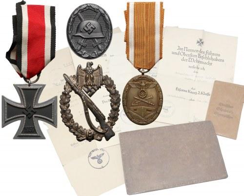 Niemcy, III Rzesza, Zestaw odznaczeń z dokumentami