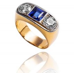 Sygnet z diamentami wykonany ze złota