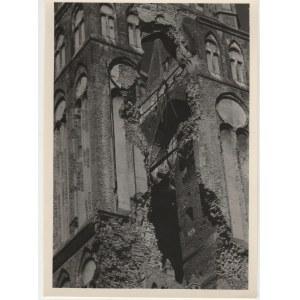 SZCZECIN. Widok na uszkodzoną południową część wieży Kościoła ...