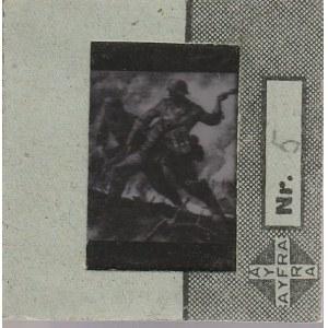 BERLIN. Szklany diapozytyw przedstawiający zdjęcie dwóch nacierają ...