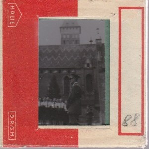 BERLIN. Szklany diapozytyw przedstawiający zdjęcie wojskowego z grup ...