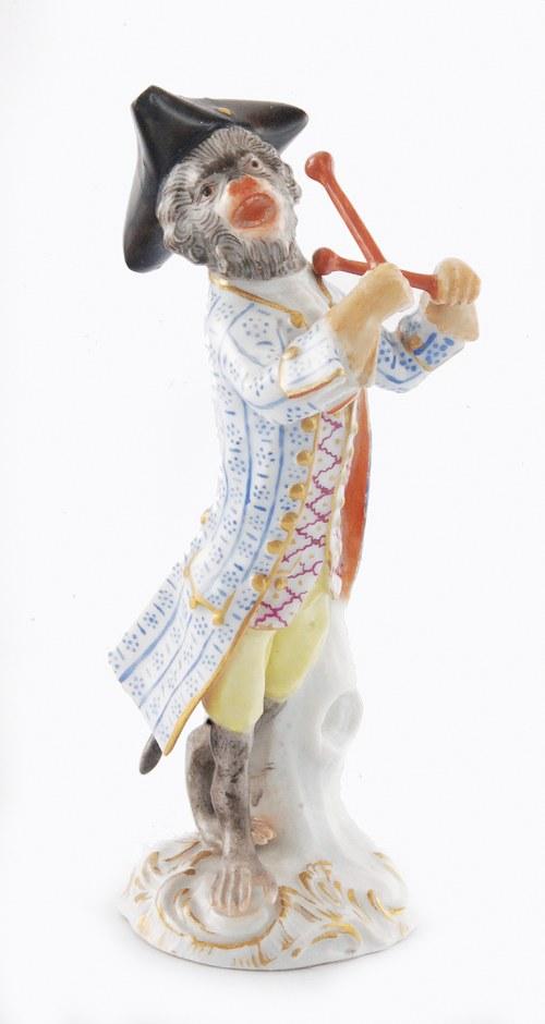 Johann Joachim KAENDLER (1706-1775) i Peter REINICKE (1715-1768), Małpka śpiewająca, z pałeczkami, z zespołu Małpia orkiestra (Affenkapelle)