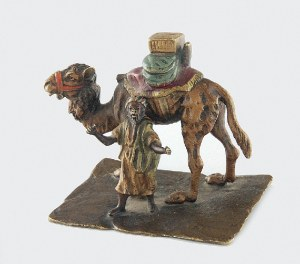 Franz Xavier BERGMANN (1861-1936), Figurka Beduina z wielbłądem