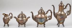 SERWIS W STYLU LUDWIKA XVI, Francja, Paryż, Armand Fresnais, ok. 1890, Srebro, próba 1, wnętrza złocone, waga 2795 g, w składzie: dzbanek do kawy (31 cm), dzbanek do herbaty (23 cm), mlecznik (16 cm), cukiernica (18 cm)
