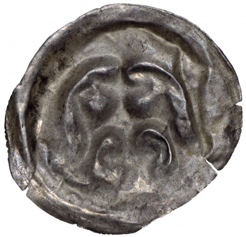 Brakteat guziczkowy II połowa XII wieku