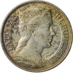 5 lati, 1929, Łotwa