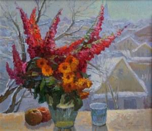 Jerzy Pogorzelski (1926-2003), Bukiet kwiatów z pejzażem zimowym w tle