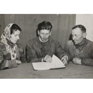 Roman PIEŃKOWSKI, Studiowanie życiorysu Stalina, 1953