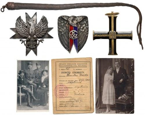 Zestaw po Ułanie - Stanisławie Burda. Odznaki, dokumenty, zdjęcia i nahajka